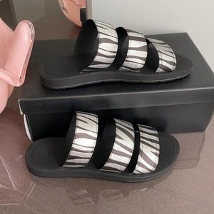 Black and silver Women Slides Slippers,
